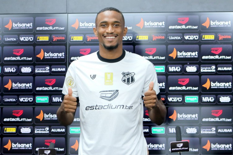 Atacante Saulo Mineiro foi apresentado pelo Ceará no dia 24 de setembro (Foto: Marcelo Vidal/CearaSC)