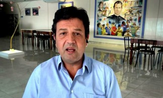 Luiz Henrique Mandetta comentou sobre seu livro, a pandemia e o cenário político no Brasil