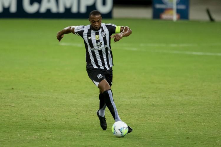 Luiz Otávio é um dos jogadores mais experientes do elenco do Ceará (Foto: Aurelio Alves)