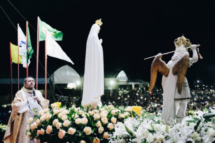 A programação da Festa dos Arcanjos terá início às 15 horas com a oração do Terço da Divina Misericórdia, e às 15h30min acontece a primeira Santa Missa do evento  (Foto: Foto: Divulgação)