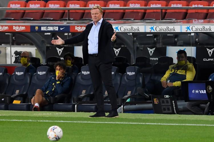 Ronald Koeman é o atual técnico do Barcelona (Foto: Josep LAGO / AFP)