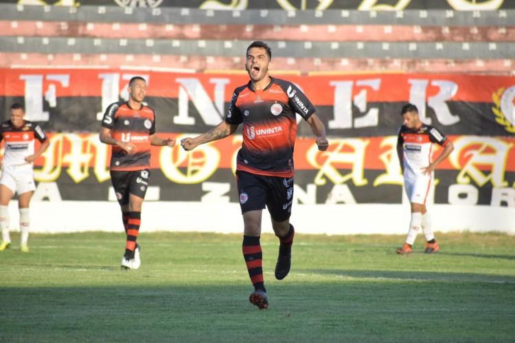 Guarany de Sobral venceu o Campinense por 1 a 0, no Junco (Foto: Amaral Torquato / Guarany de Sobral)