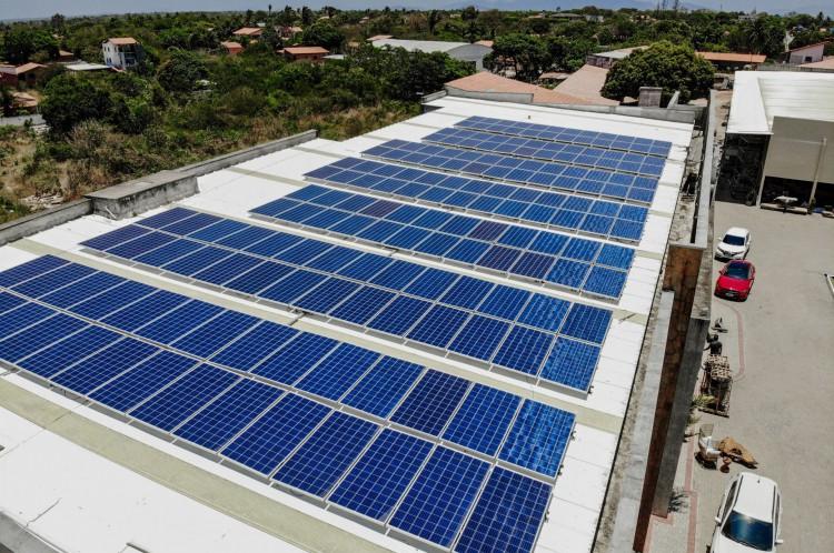 No Ceará, os gastos com energia subiram 9,71% nos últimos 12 meses, segundo o IBGE.