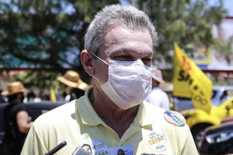 Sarto em clima de campanha (BARBARA MOIRA/ O POVO) (Foto: Barbara Moira)