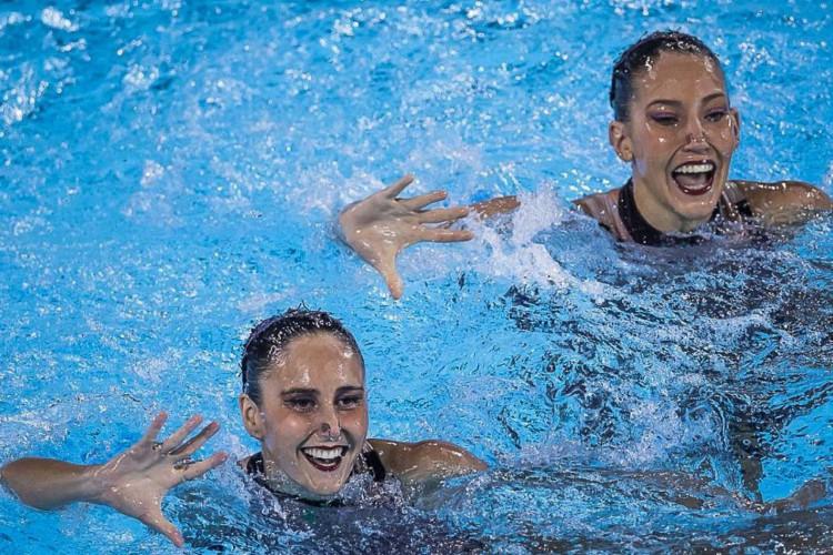 Laura Miccuci e Luisa Borges formarão o dueto titular do Brasil para o Pré-Olímpico de Nado Artístico. (Foto: Jonne Roriz/COB)