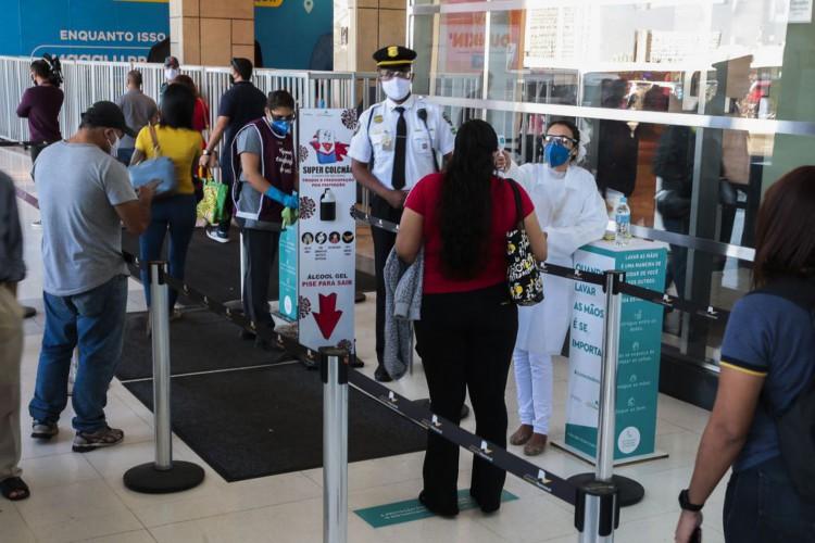 Governo do Distrito Federal autoriza a abertura de shoppings (Foto: Marcello Casal JrAgência Brasil)