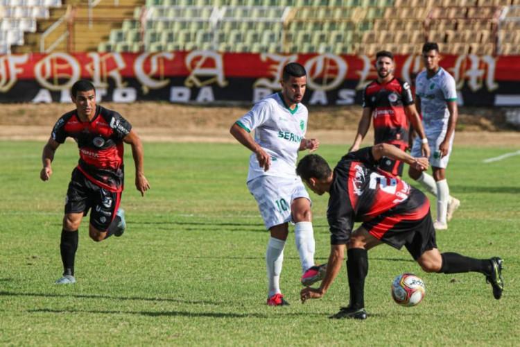 Floresta subiu quatro posições na tabela ao vencer o Guarany (Foto: Ronaldo Oliveira/Floresta)
