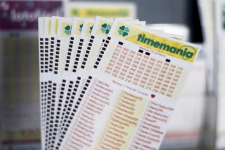 O resultado da Timemania Concurso 1549 foi divulgado na noite de hoje, terça-feira, 13 de outubro (13/10). O valor do prêmio está estimado em R$ 5,5 milhões (Foto: Deísa Garcêz)