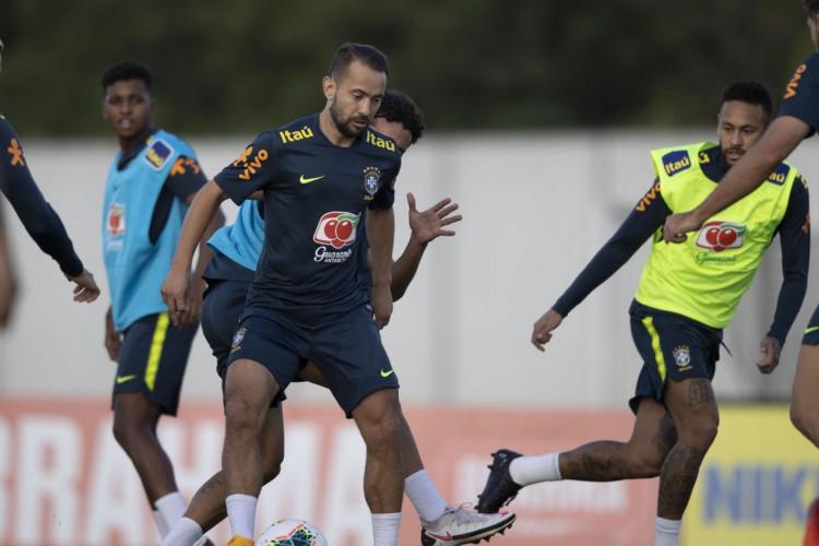 Seleção faz últimos preparativos antes de enfrentar Peru (Foto: Lucas Figueiredo/CBF)