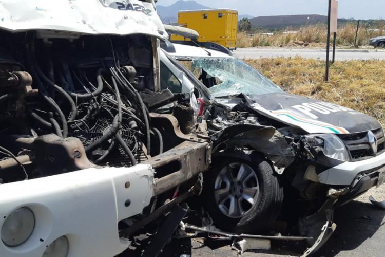 Acidente envolvendo quatro veículos ocorreu na manhã desta terça-feira, na BR-020, em Caucaia (Foto: Foto: Ascom/ Polícia Rodoviária Federal)