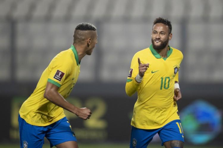 Neymar fez três gols na vitória brasileira e se tornou segundo maior artilheiro da história da seleção  (Foto: Lucas Figueiredo/CBF)