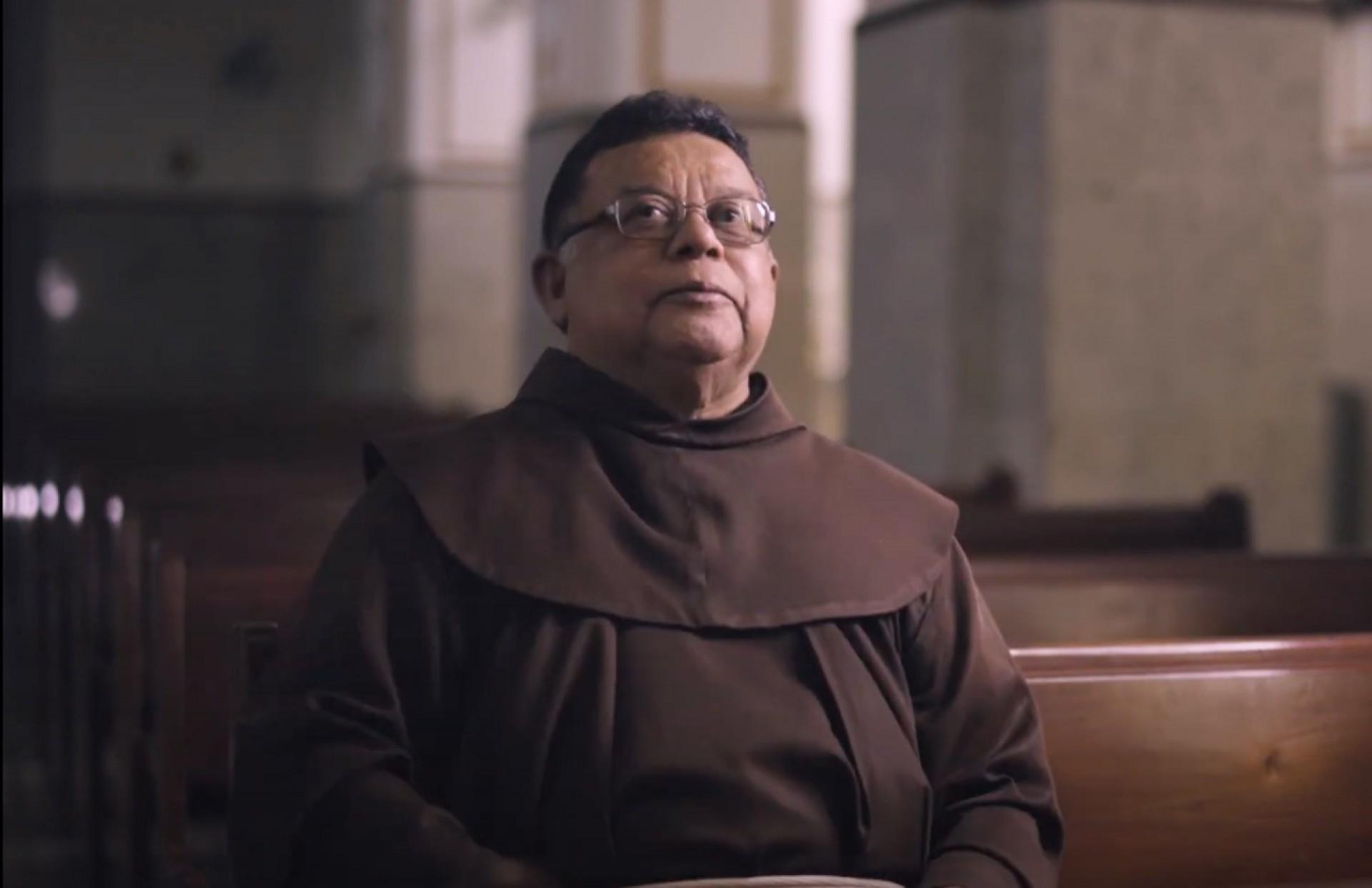 Frei Jonaldo Adelino, 70, pároco de Canindé, inicia a websérie Apaixonados por Gente, realizada pelo Grupo O POVO, em parceria com o Hapvida