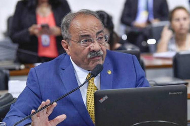 Chico Rodrigues é investigado por supostamente integrar organização criminosa voltada para o desvio de recursos públicos destinados ao combate à pandemia em Roraima (Foto:  Jane de Araújo/Agência Senado)