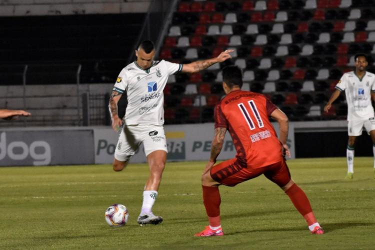 América-MG vence Botafogo-SP e fica em terceiro na Série B (Foto: )
