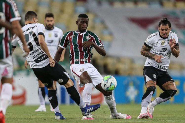 Fluminense arranca empate com o Ceará aos 45 minutos da etapa final (Foto: Lucas Mercon)