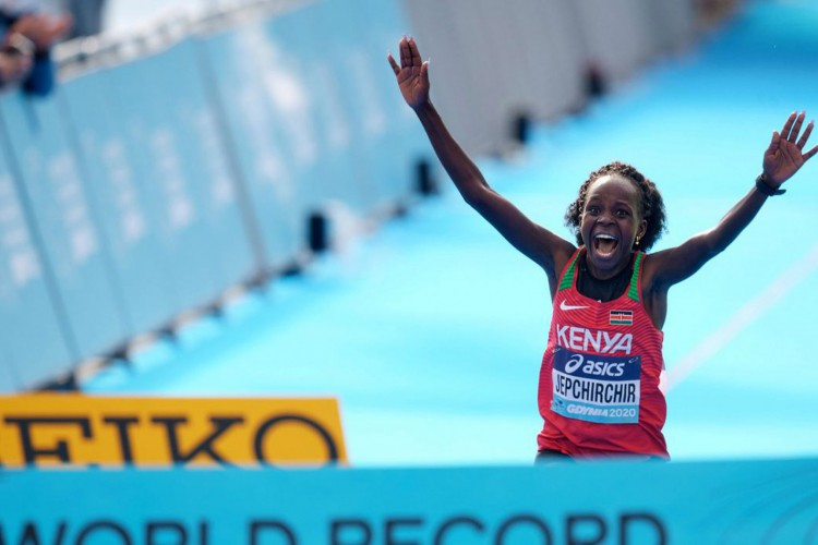 Africanos dominam Mundial de Meia Maratona da Polônia, único de 2020 (Foto: )