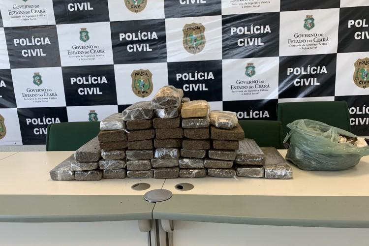 Apreensões de entorpecentes têm crescido no Ceará. Na semana passada, mais de 5 toneladas de drogas apreendidas foram incineradas (Foto: Matheus Facundo/O POVO)
