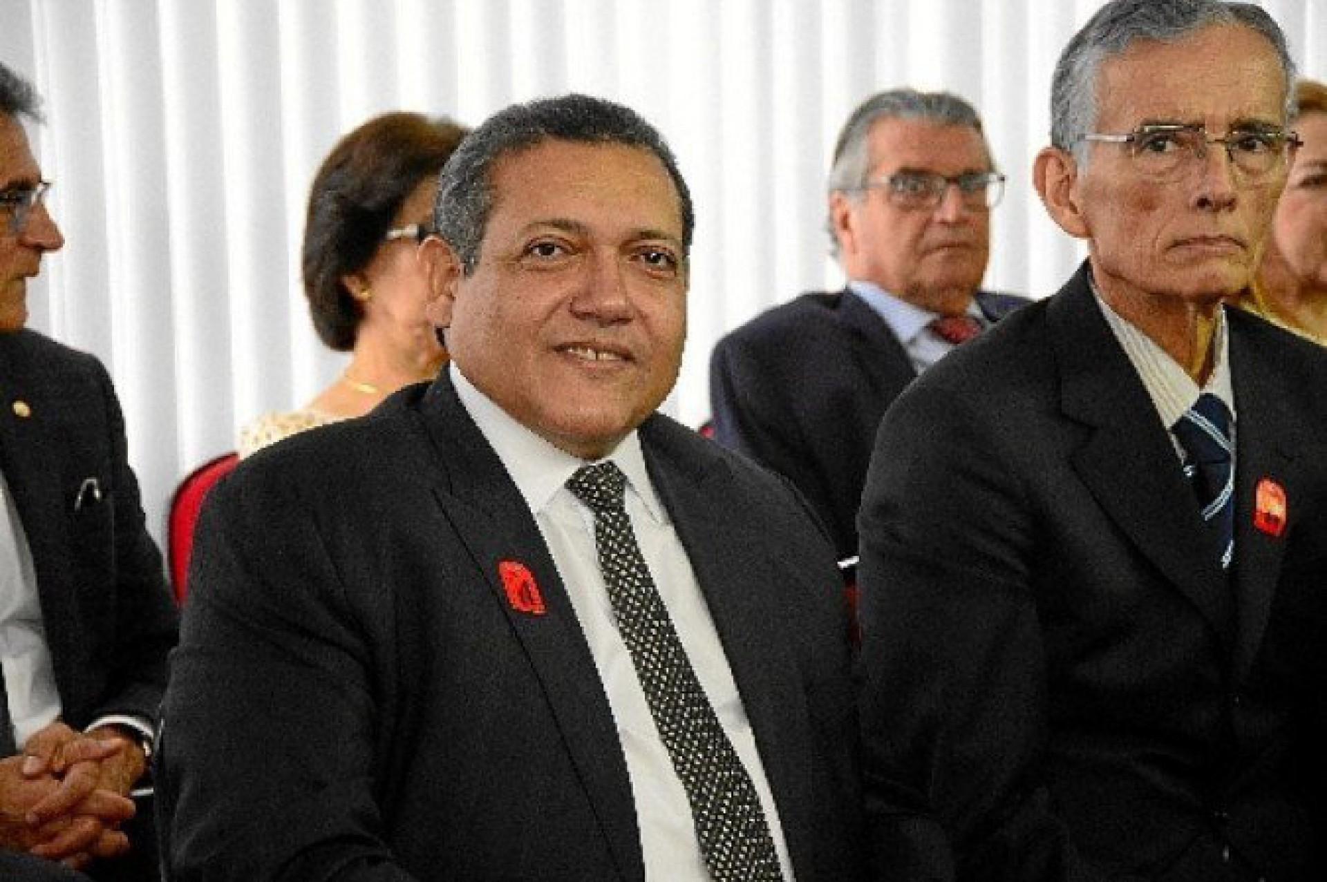 Voto de minerva está com Kássio Nunes