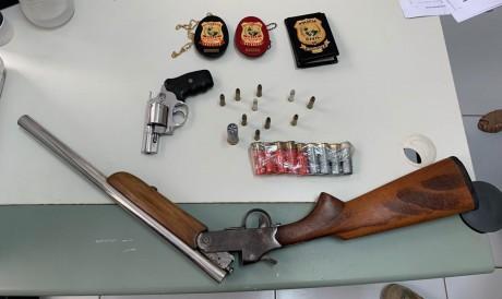 Material apreendido pela Polícia Civil no momento do cumprimento dos mandados de prisão