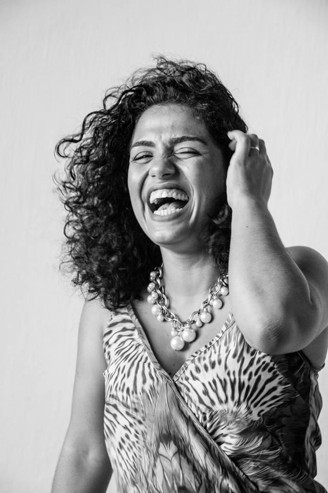 Maria Juliana Linhares é etnomusicóloga, musicista e professora da Universidade Federal do Ceará (UFC). Pesquisa nas áreas de História e Sociologia da Música