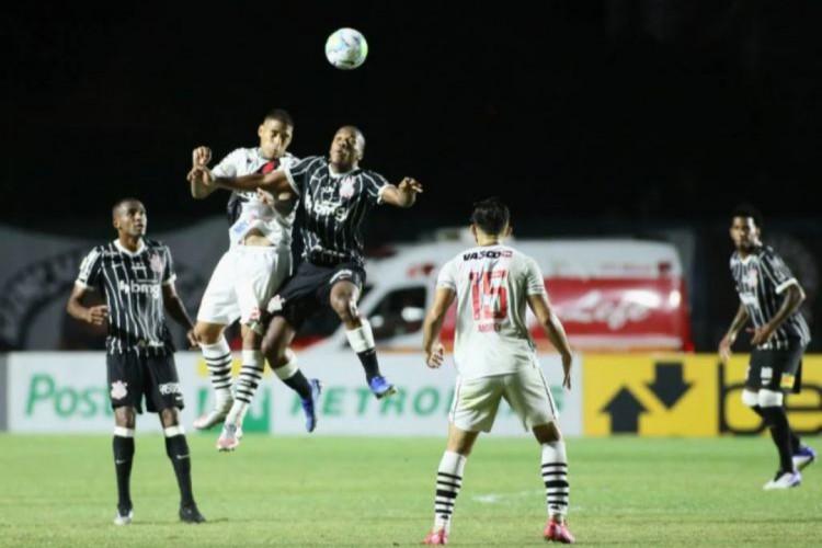 Setor defensivo do Corinthians é preocupação na equipe e precisa de ajustes (Foto: RODRIGO COCA/AG. CORINTHIANS)