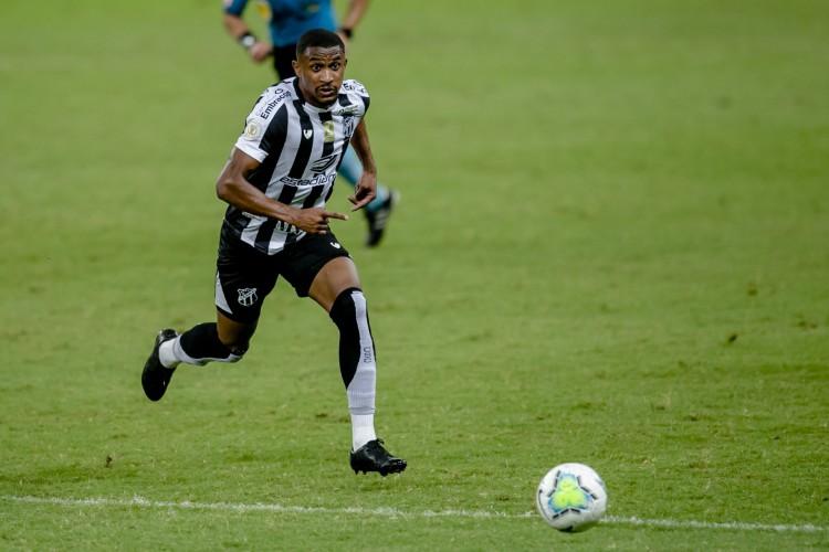 Saulo Mineiro foi o autor do único gol do Ceará na estreia contra o ABC.  (Foto: Aurelio Alves)