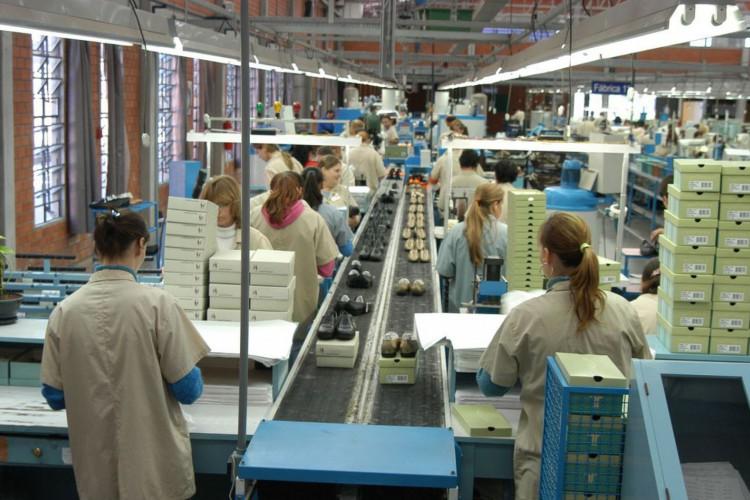 Indústria Wirth Calçados.Dois Irmãos (RS) 14.04.2006 - Foto: Miguel Ângelo (Foto: )