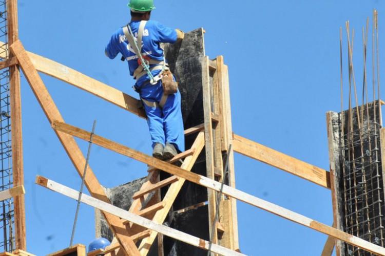 Confiança da construção cresce 3,7 pontos em outubro, diz FGV (Foto: )