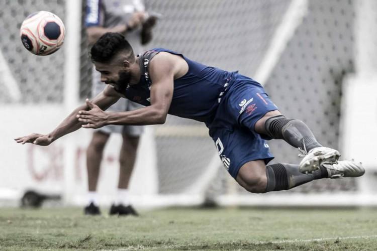 Felipe Jonatan, ex-jogador do Ceará, em treinamento pelo Santos (Foto: Ivan Storti/Santos FC)
