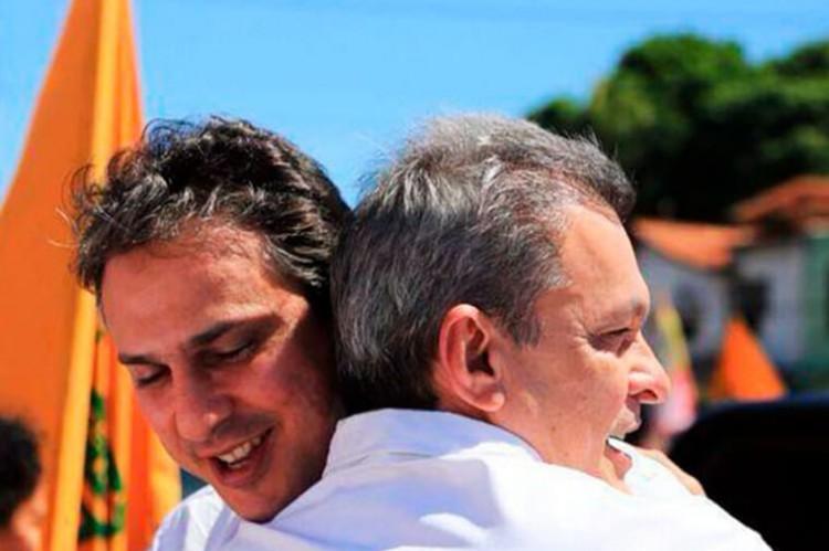 Campanha de Sarto aposta na imagem de Camilo como uma das formas de alavancar.  (Foto: (Foto: Divulgação))