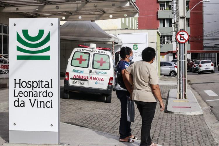 FORTALEZA, CE, 29-10-2020: Movimentação no Hospital Leonardo da VInci (Foto: Barbara Moira)