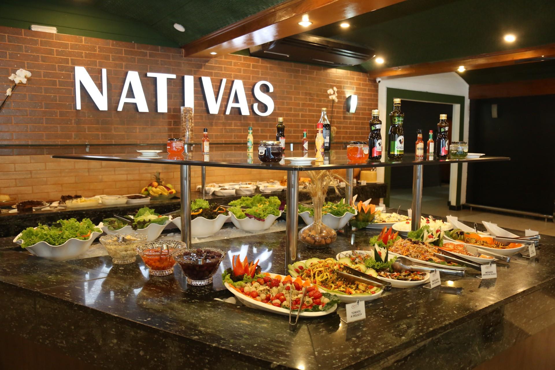 Nativas Grill chega a Fortaleza, na avenida Dom Luís. Em sistema rodízio são mais de 25 cortes de carnes nobres, além de sushis, massas, saladas e 20 tipos de pratos quentes