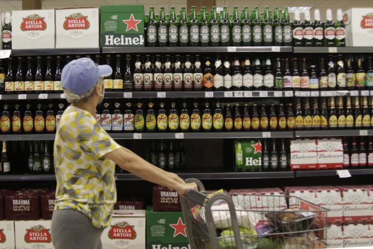 Supermercados são considerados como serviços essenciais neste feriado e funcionarão normalmente na próxima quinta-feira, 25.  (Foto: Thais Mesquita)