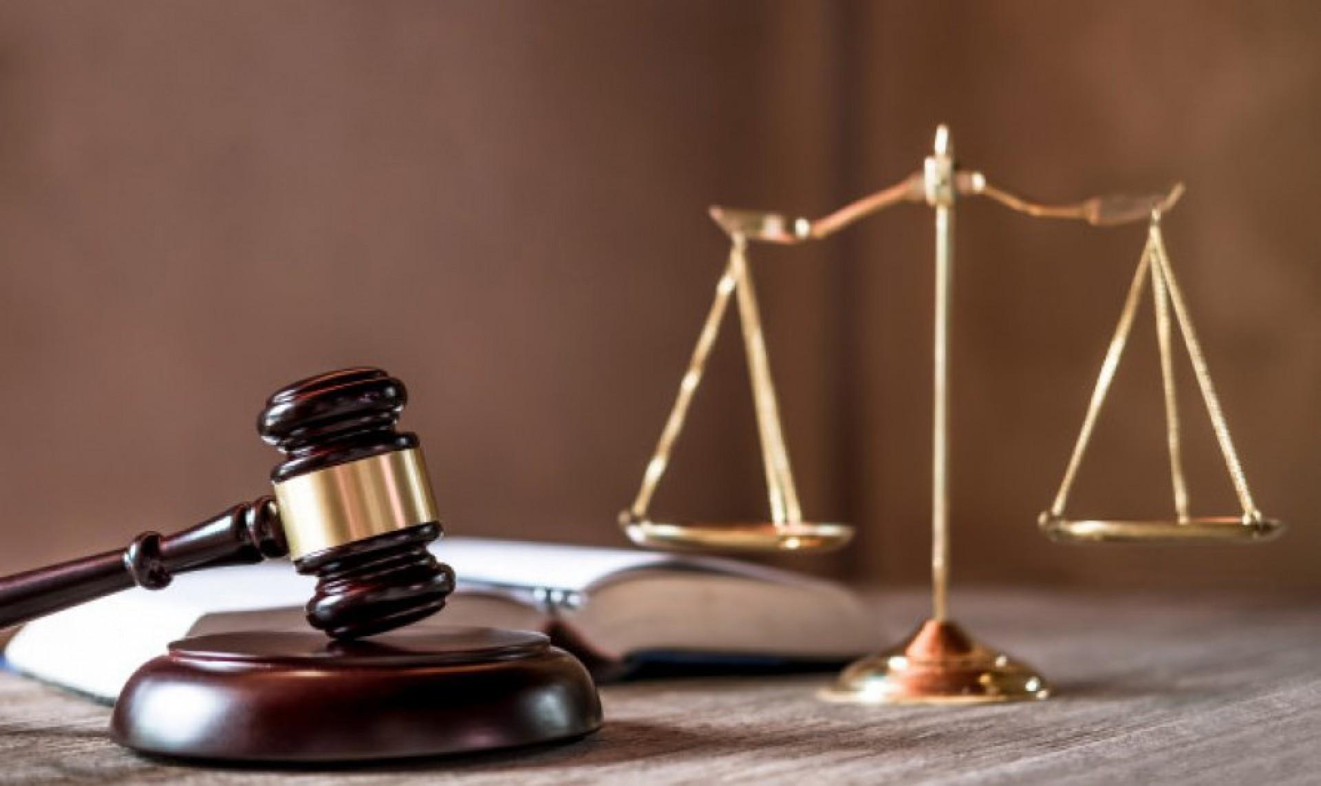Questão de lei