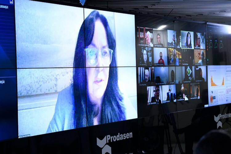 A senadora Rose de Freitas (Podemos-ES), procuradora da Mulher no Senado, manifestou indignação e defendeu a anulação do julgamento que resultou na humilhação da vítima (Foto: Jefferson Rudy/Agência Senado)