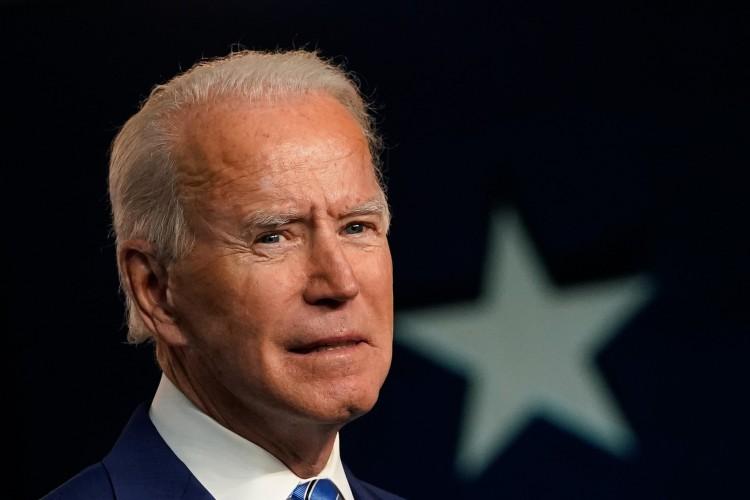 Biden abre vantagem na disputa (Foto: Drew Angerer / AFP)