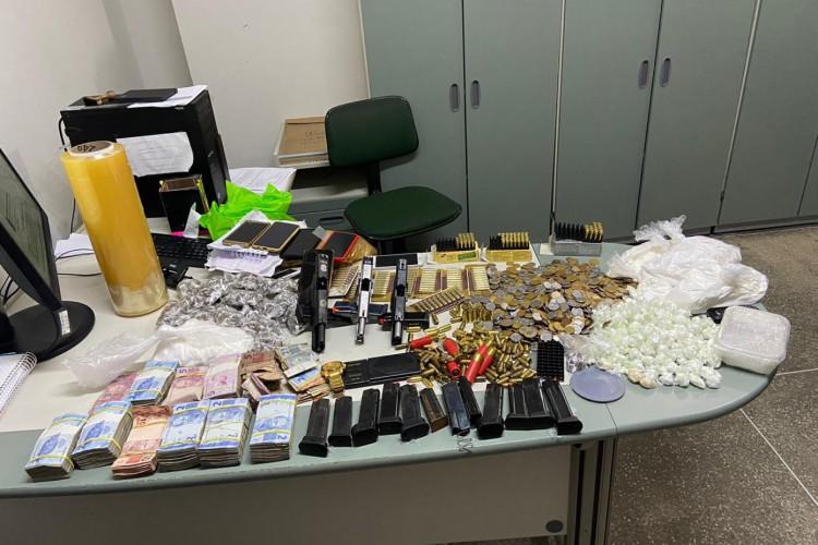 Material apreendido na operação da Polícia Civil  (Foto: via WhatsApp O POVO )