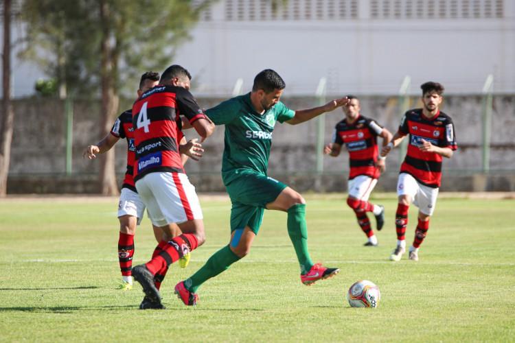 O Floresta venceu o Campinense-PB de virada pela Série D (Foto: Ronaldo Oliveira/Floresta EC)