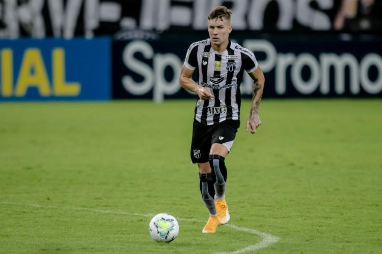 Charles atuou em 54 jogos do Ceará na atual temporada.  (Foto: Aurelio Alves/O POVO)