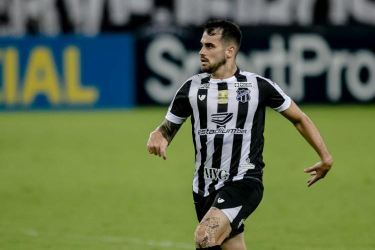 Felipe Vizeu já marcou dois gols com a camisa do Ceará.  (Foto: Aurélio Alves/O POVO)