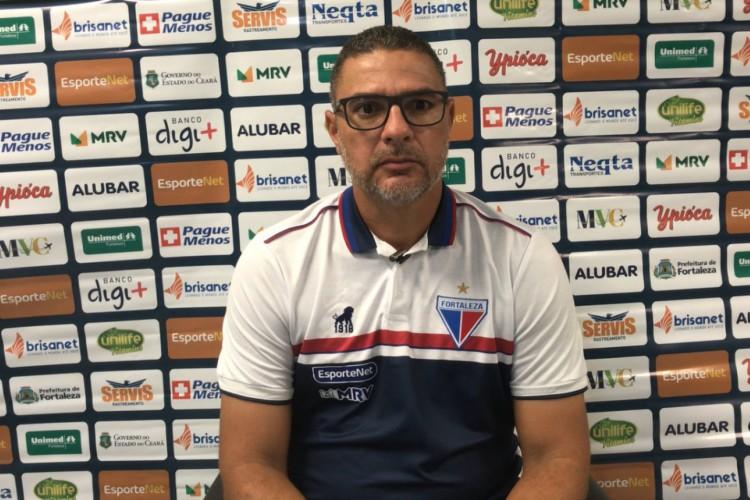 Marconne Montenegro comandou o Fortaleza contra o Bahia, em partida atrasada da 18ª rodada da Série A (Foto: Reprodução / TV Leão)