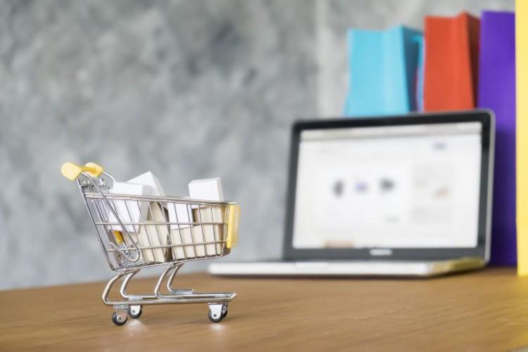 Com segmento de e-commerce aquecido em meio à pandemia, empresas de entregas por aplicativo têm chamado cada vez mais a atenção de consumidores e também de investidores (Foto: Freepik)