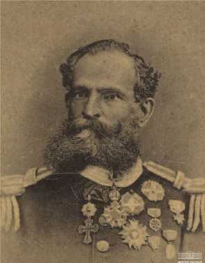 O marechal Deodoro da Fonseca foi, até o último instante, um monarquista. Ainda assim, t terminou primeiro presidente do Brasil