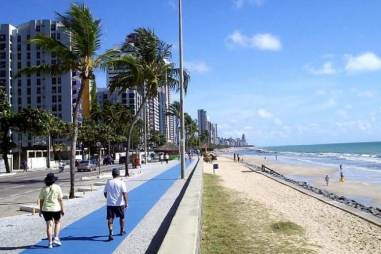 Orla maritima de Boa Viagem, Recife.  (Foto: Foto: Wikimedia Commons)