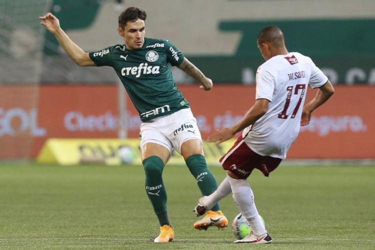 Palmeiras mantém embalo, vence Fluminense e encosta nos líderes (Foto: Cesar Greco)