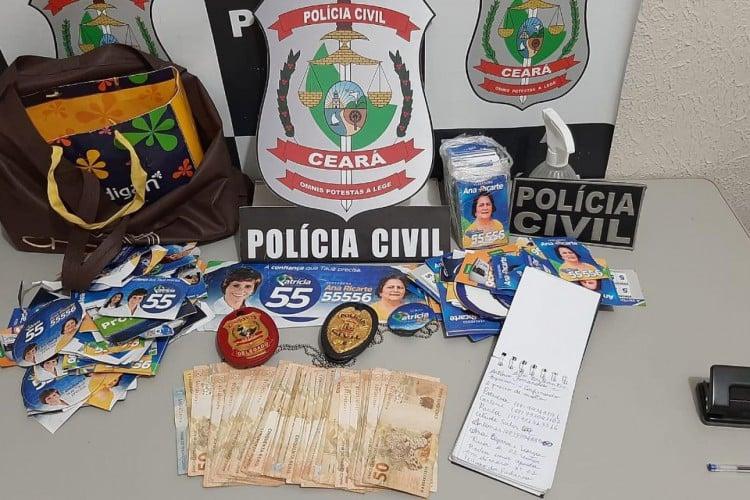 Dinheiro em espécie, um telefone celular e uma lista com nomes e contatos foram apreendidos pela Polícia  (Foto: Divulgação)