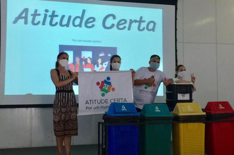 Os alunos apresentaram o projeto na escola e agora concorrem a prêmio em torneio nacional
