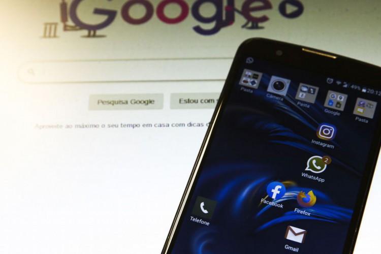 aplicativos de mensagem, internet, plataformas digitais, aplicativos, e-mail, redes sociais (Foto: Marcello Casal JrAgência Brasil)