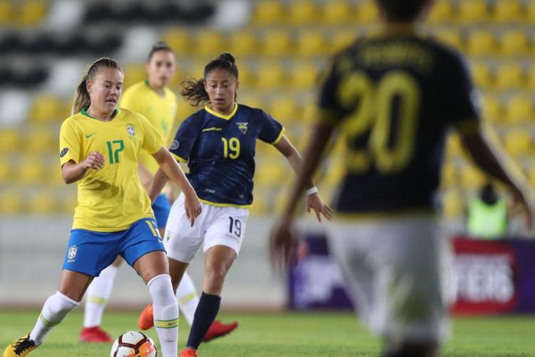 Após desistência argentina, seleção feminina terá jogos com Equador (Foto: )