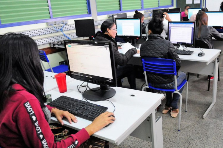 Professores pretendem usar mais ferramentas de TI na volta às aulas (Foto: )